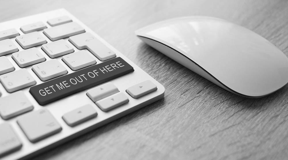 Bild mit Tastatur und Maus zum Thema Spielsucht online
